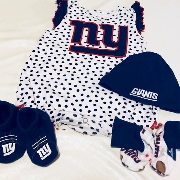 68ff14bb5 NY Giants Baby Onesie Set. M_5a9ca23084b5ce8646da6940